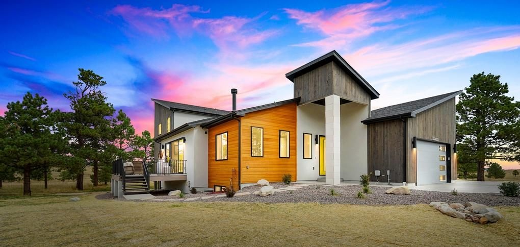 Newest JS Homes Inc. Homeowners Take Residency